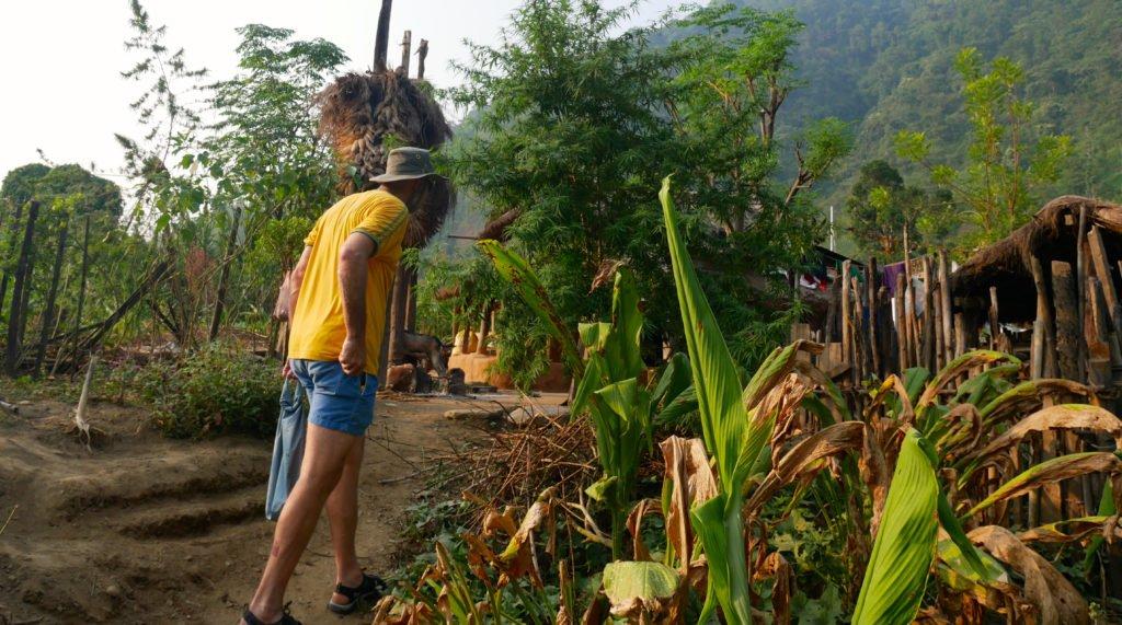 besök i en by