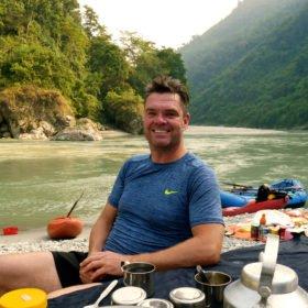 Peter Stjärnqvist i Nepal på forspaddlingsresa