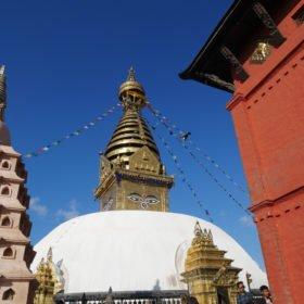 Paddlingskurs Nepal. Stupan vid aptemplet