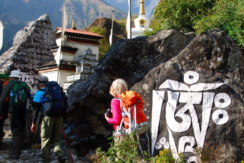 Buddhismen är närvarande på hela vandringen till Everest Base Camp
