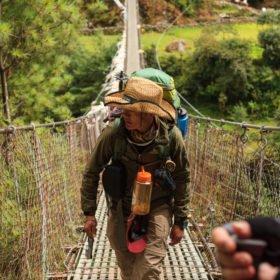 vandrare på väg till Everest Base Camp