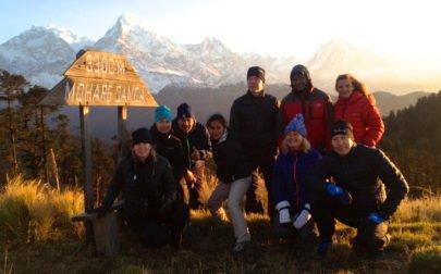 ekovandring i Nepal, gruppen vid Mohare Danda