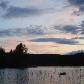 Äventyr i Sverige, Flosjön på kvällen