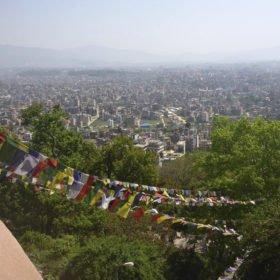 Vy av Katmandu från Swayambunath