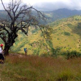 Återresa Nepal, storslagna vyer av det kuperade Nepal