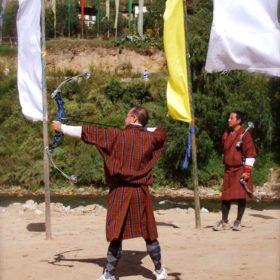 Bhutanresa, bågskytte