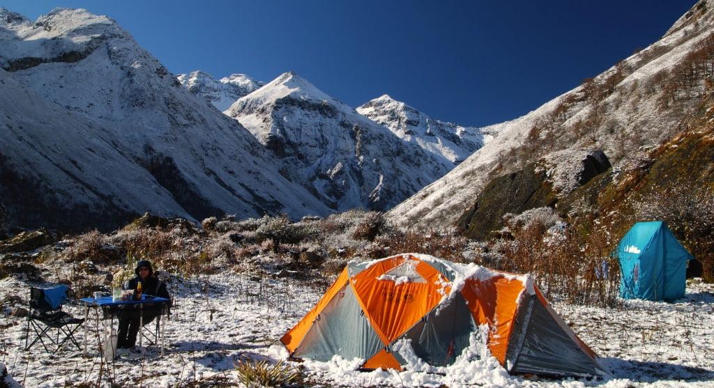 Tältplats på vandring i Bhutan