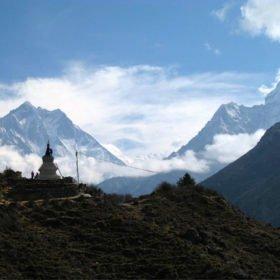EBC Nepal, Stigen, Lhotse och Ama Dablam