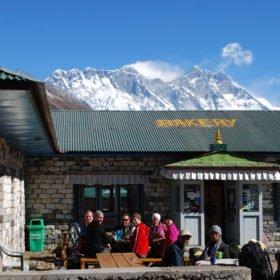 finfika med Everest-utsikt, på väg till Everest basecamp