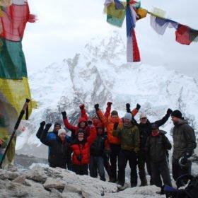 Gruppen på Kala Pathar i närheten av Everest Basecamp
