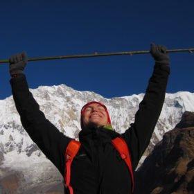 Karin framme vid Annapurna Basecamp, Nepal