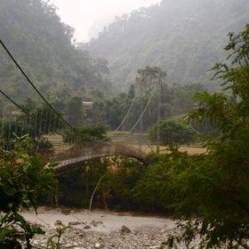 hängbro över floden Seti, drömäventyr