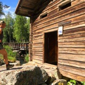 en gammal kvarn på äventyr i Dalarna
