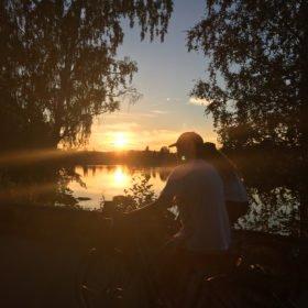 cykling längs Västerdalälven , äventyr i Dalarna