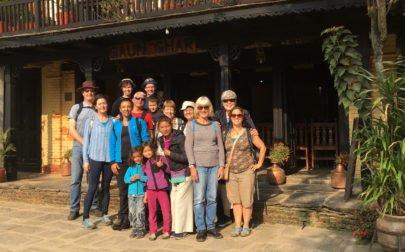 gruppbild rundresa Nepal