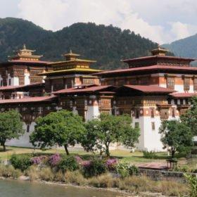 Punakha dzong på Bhutan vandring