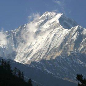 snöklätt berg på skräddarsydd resa i Nepal
