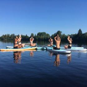 SUP-yoga i Dala-Floda