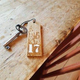 nyckel till boende i Dala-Floda