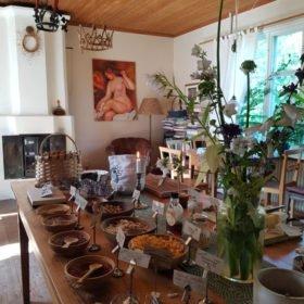 frukost på Dala-Floda Värdshus