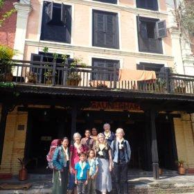 liten grupp vid familjeägt hotell i Bandipur
