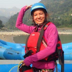 Kamala, kvinnlig nepalesisk forsguide