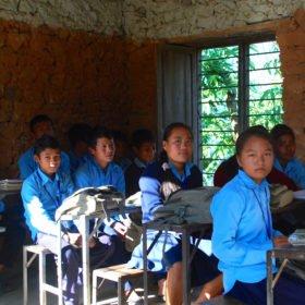 besök i skola i Nepal